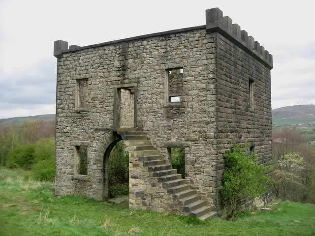 Tentering or drying tower at Stubbins.jpg